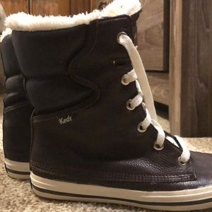 Keds Brown boots with faux fur lining